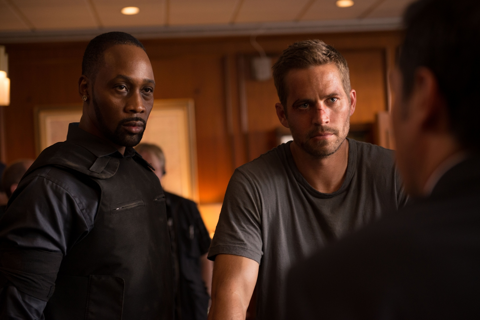 Brick-Mansions-Paul-Walker-Image-4