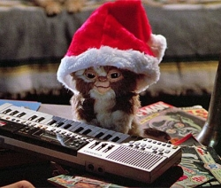 Joyeux Noel Audio.Gremlins Gizmo Joyeux Noel Logo Cinecinephile
