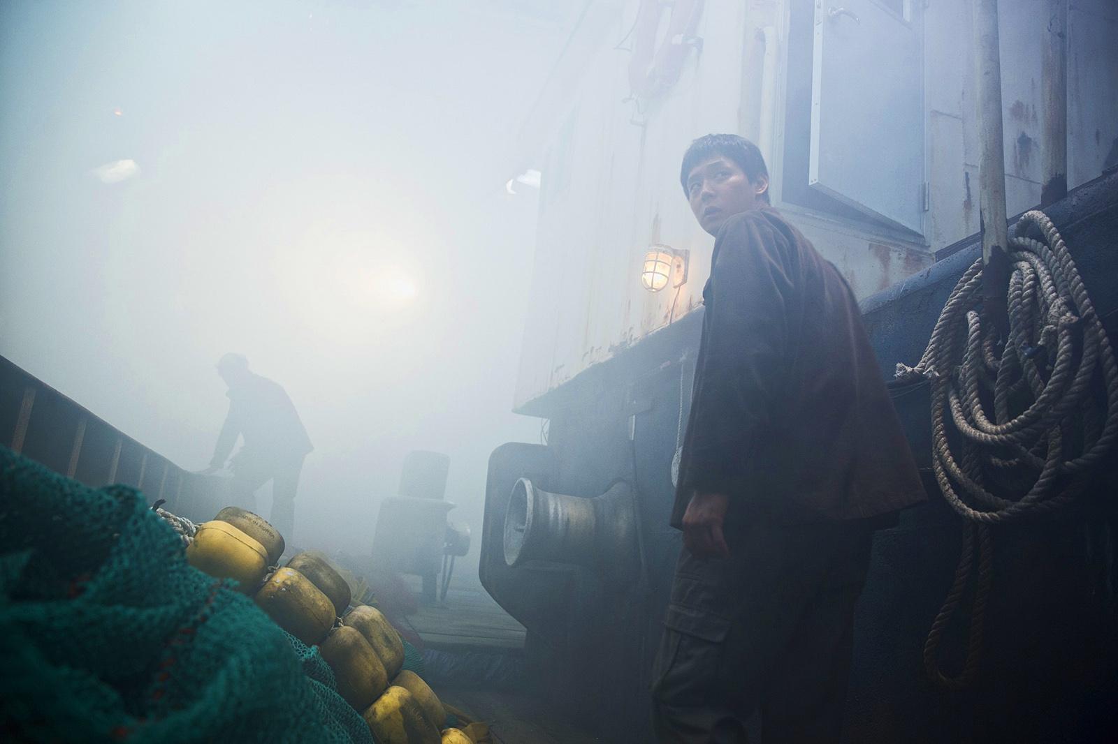 Sea-Fog-Les-Clandestins-Image-1