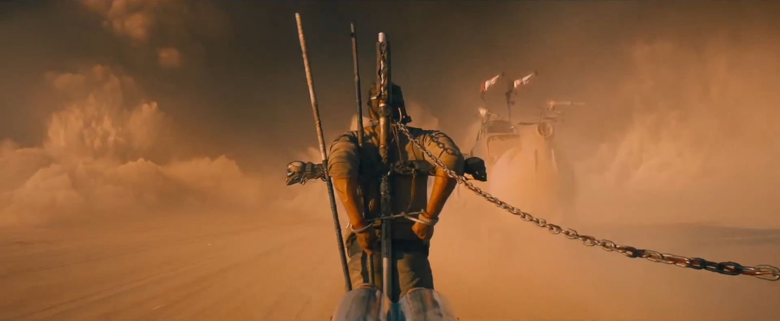 Mad_Max_Fury_Road_Screenshots_13