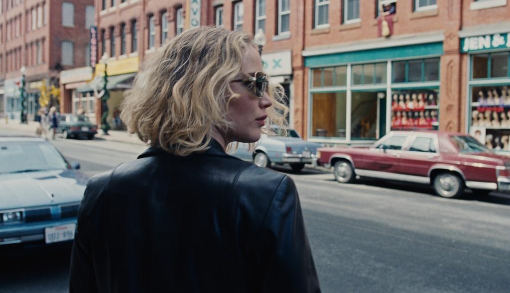 Joy-Film-Jennifer-Lawrence