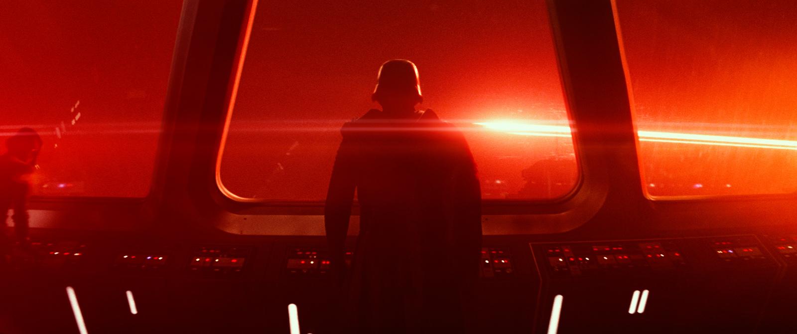 Star-Wars-Le-Réveil-de-la-Force-Kylo-Ren